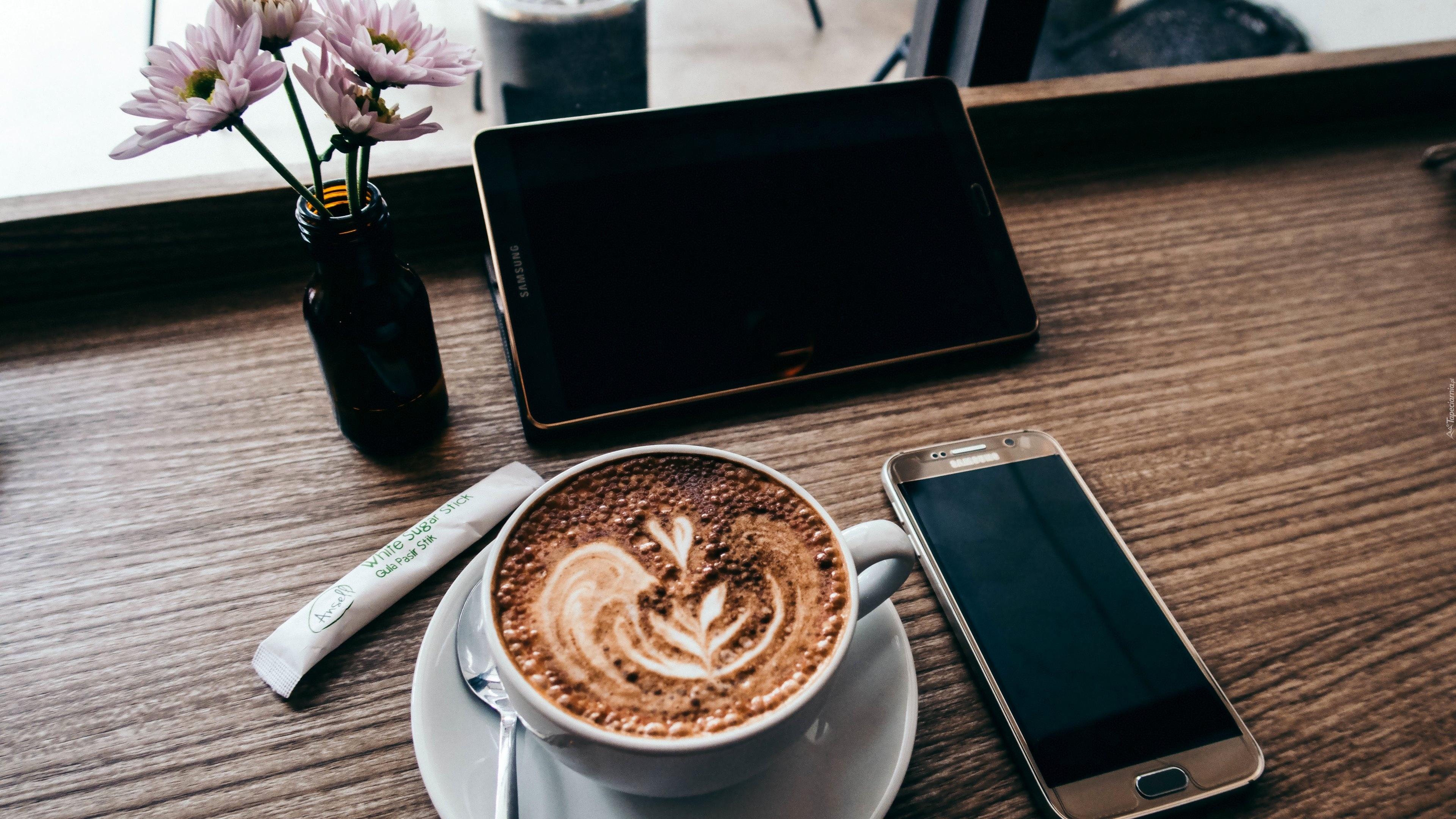 Przerwa na kawę pozytywnie wpływa na efektywność pracy