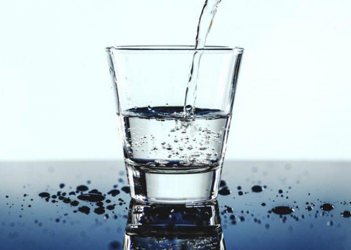 Woda gazowana i jej zalety